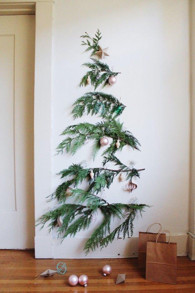 Wall Christmas Trees Ideas.Cristhmas Tree Decorations Ideas A Minimal Christmas Tree