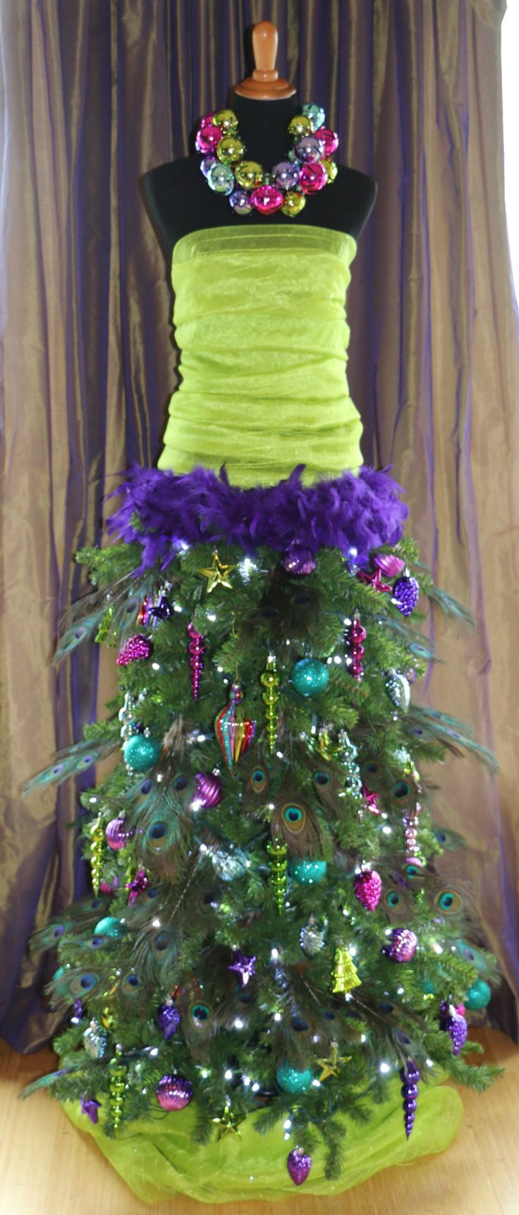 Dress Form Christmas Tree.Cristhmas Tree Decorations Ideas Dress Form Christmas Tree