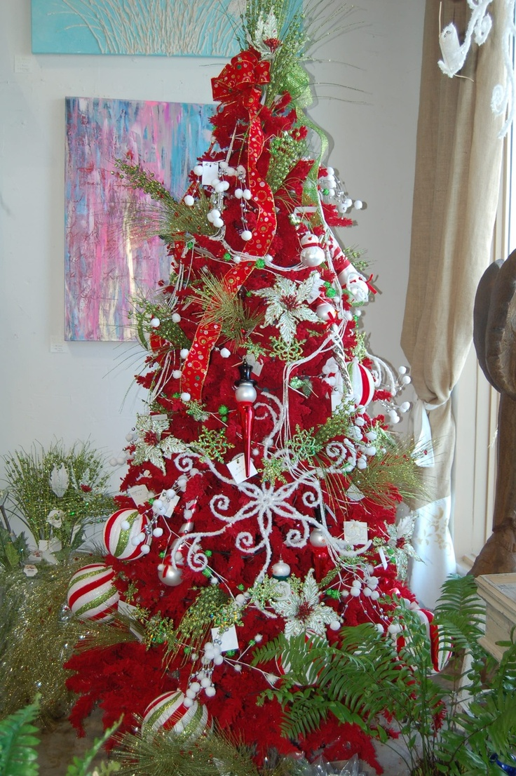 Red And White Christmas Tree Decorations Ideas.Cristhmas Tree Decorations Ideas Whimsical Red Green